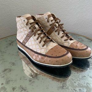 Gucci Diamante Sneakers Size 9